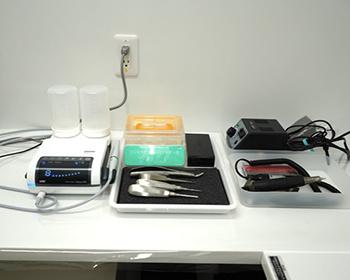 主に動物の歯科治療で用いられるマイクロドリルシステム